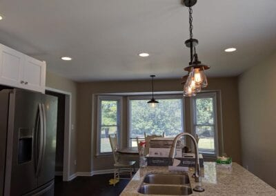 Starnes Electric LLC Electricians, pendants and table light in kitchen